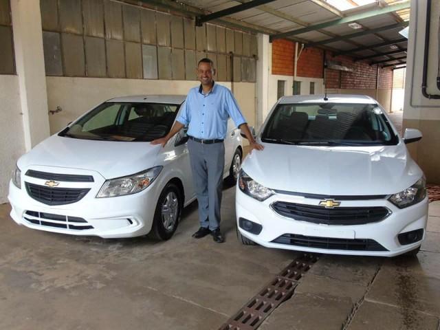 Prefeitura Municipal de Tambaú recebe dois novos veículos.