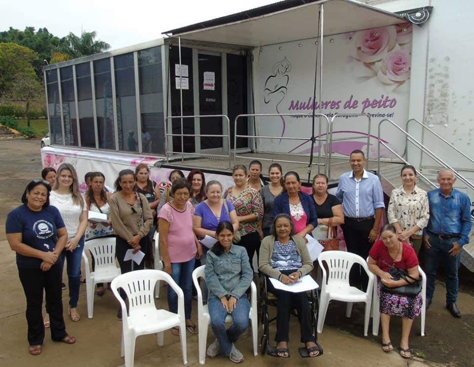 """""""Carreta Mulheres de Peito"""" inicia atendimento em Tambaú!"""